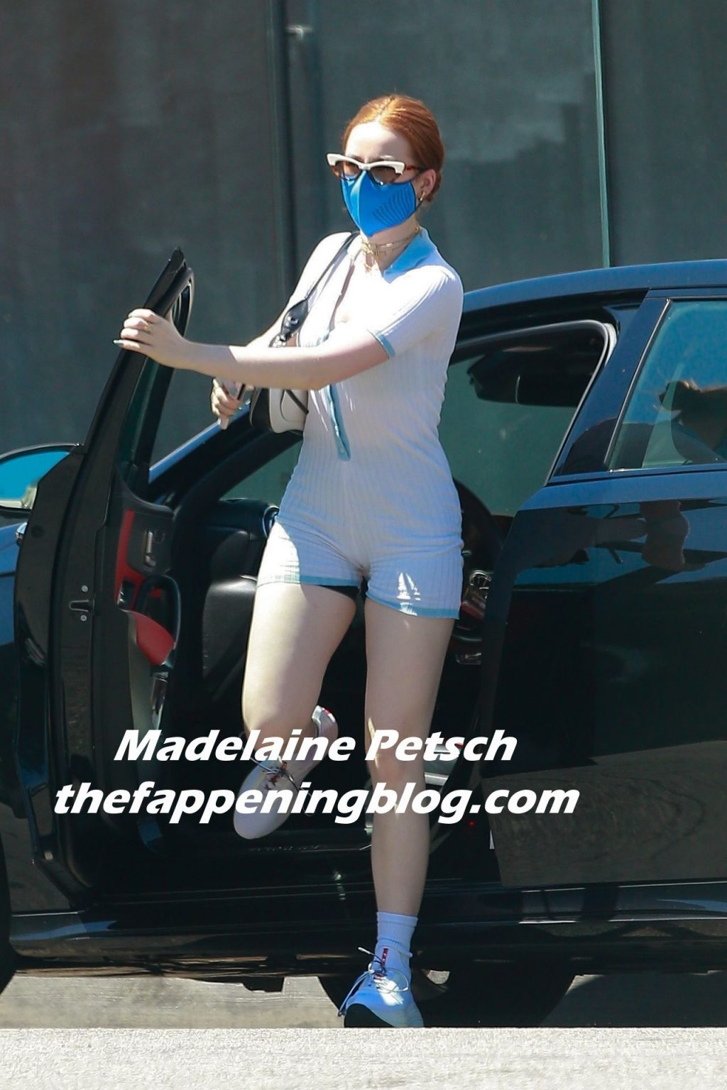 Madelaine Petsch Fappening foto 16